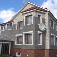 Отделка дома сайдингом и фасадными панелями