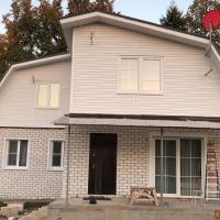 Дом 100 м² (кирпич) на участке 7 сот.