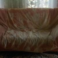 Продам б/у диван.