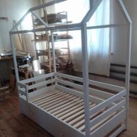Кровать -домик