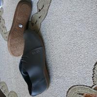 Продам новые летние ботинки р-р 38