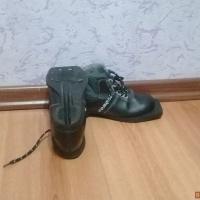 Продам ботинки лыжные р-р 33