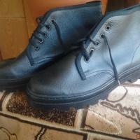 Продам новые рабочие ботинки р.25.5