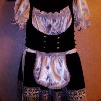 Продам праздничное платье на девочку 8-10 лет