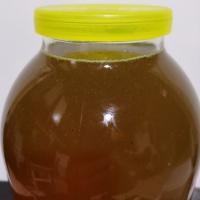 Продам мед пчелиный .