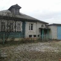 Дом 80 м² (бревно) на участке 10 сот.