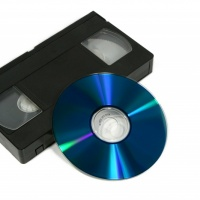Цифрую VHS кассеты