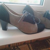 Продам замшевые туфли размер36