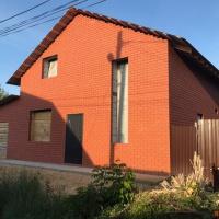 Дом 110 м² (кирпич) на участке 6 сот.