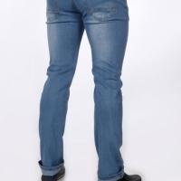Продам мужские джинсы р34