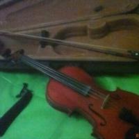Продам Скрипку со смычком и футляром